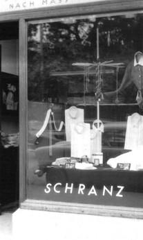 Das Schranz Ladengeschäft in den 50er Jahren am Maximiliansplatz.